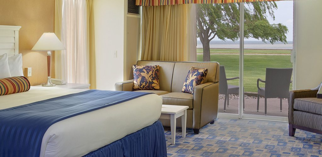King Room with sofa
